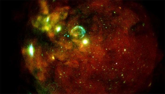 Hình ảnh eROSITA cho thấy đám mây Magellan lớn, thiên hà gần với chúng ta.
