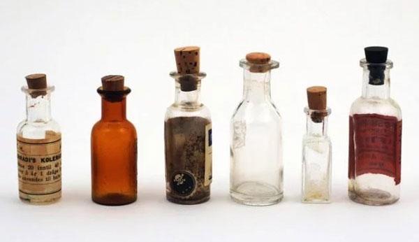 Thuốc độc Aqua Tofana của Giulia là hỗn hợp của asen, chì và belladonna