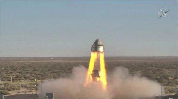 Tàu vũ trụ Starliner của Boeing được phóng thử nghiệm trên sa mạc New Mexico ngày 4/11/2019.