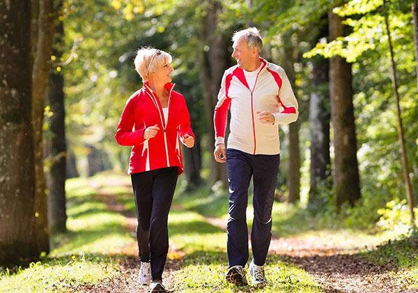 Nhiệt độ chênh lệch cao làm tăng nguy cơ mắc bệnh tim mạch, đột quỵ ở người cao tuổi.
