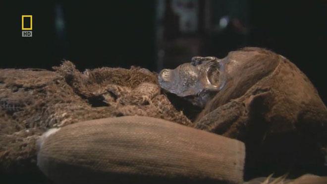 Một xác ướp khô tự nhiên.