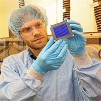 Pin mặt trời hữu cơ mới lập kỷ lục thế giới về hiệu suất