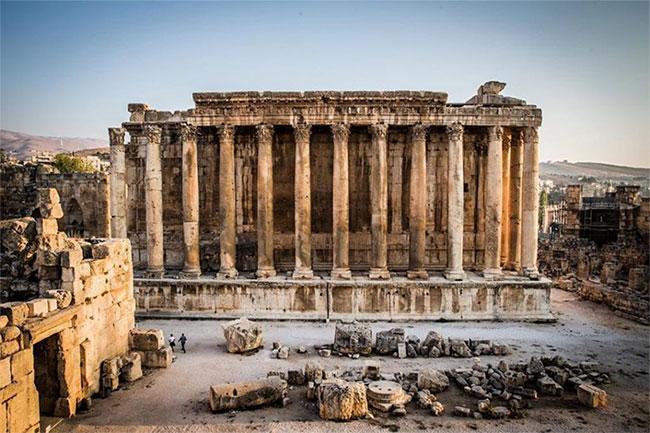 Ngôi đền có thể bắt đầu xây dựng vào khoảng năm 16 trước Công nguyên