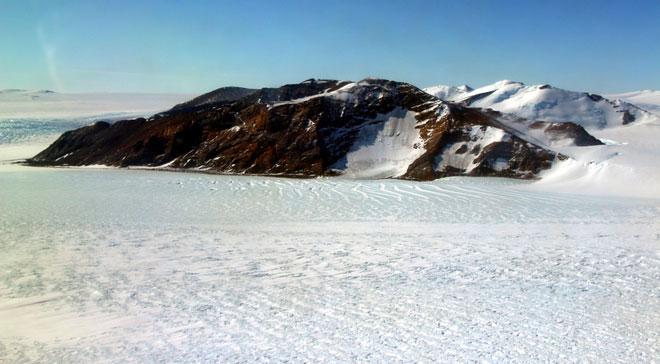 Vỉa băng Cook tiếp giáp với biển cả tại điểm này đây.