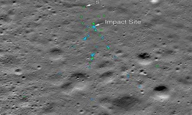 Vị trí các hố va chạm và mảnh vỡ của tàu Vikram trên Mặt Trăng