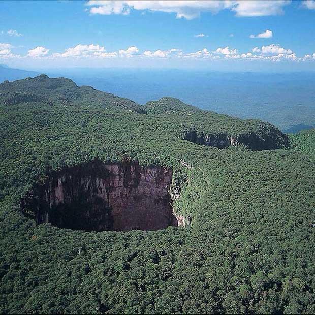 Hang động Cerro Sarisariñama, Venezuela