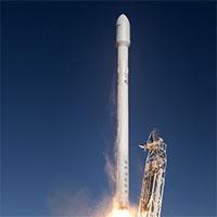 Tàu không gian SpaceX chở lửa và chuột lên Trạm Vũ trụ Quốc tế