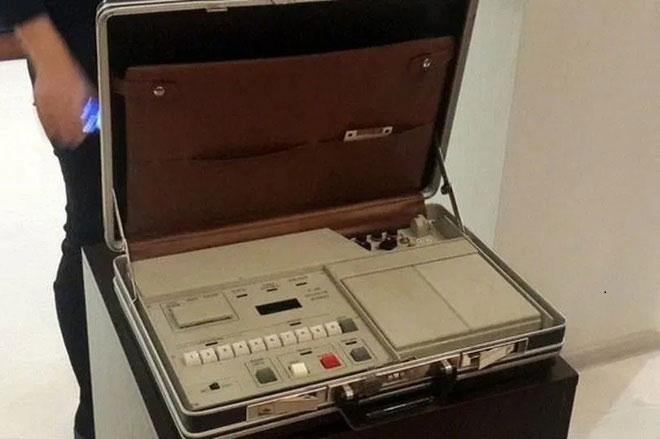 Bên trong chiếc vali hạt nhân của Tổng thống Nga.