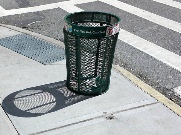 Loại thùng rác mà New York đã dùng gần 100 năm qua.
