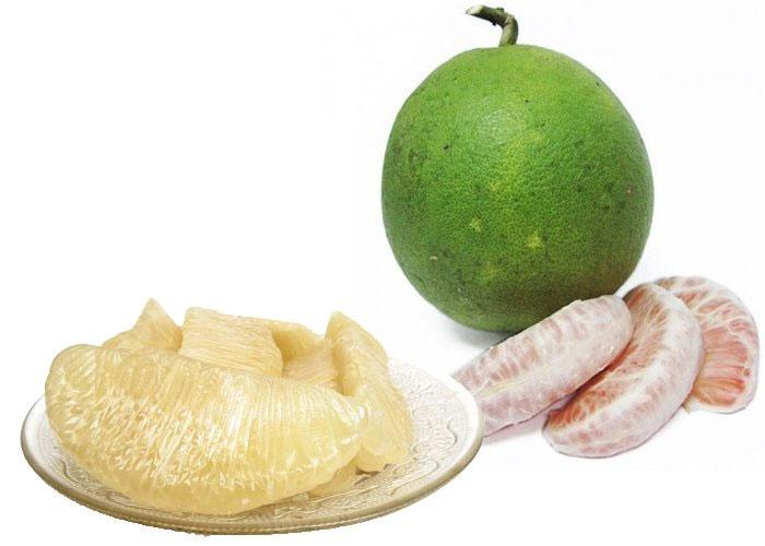 Ăn cùi trắng của bưởi sẽ cải thiện rõ rệt chứng táo bón.