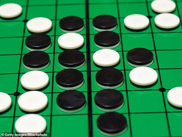 Japan created AI to play Go with an odd mind