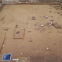 """Đào đường xây cầu, lạc vào """"ngôi làng ma"""" mất tích 12.500 năm"""
