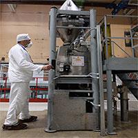 Các nhà khoa học Nga nghiên cứu phương pháp mới để làm giàu uranium tái sinh
