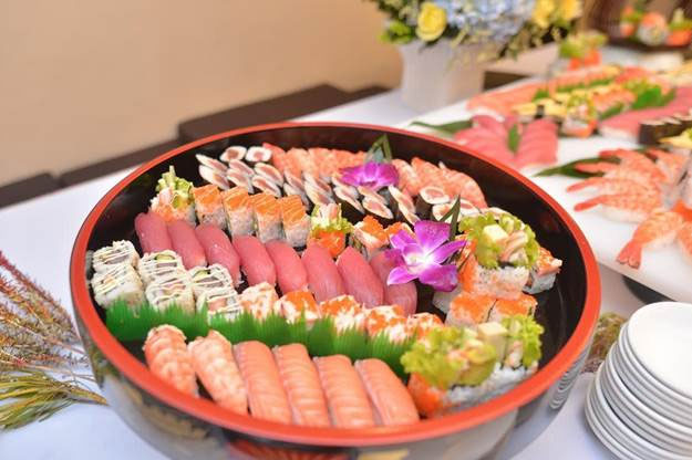 Ăn cá sống làm tăng nguy cơ mắc ung thư gan.
