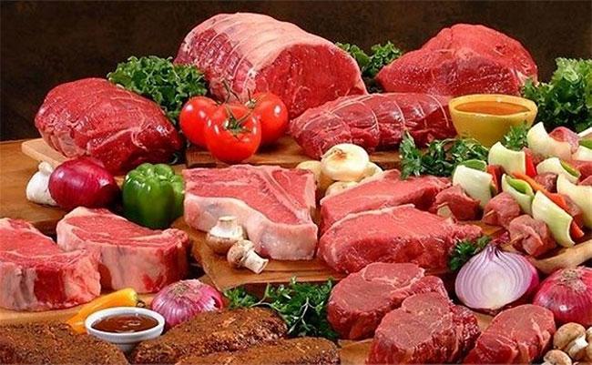 Nhiều người thích ăn thịt và không ăn rau, đây là một lý do quan trọng làm tăng tỉ lệ mắc ung thư ruột.