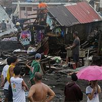 Bão Phanfone nhấn chìm ngày Giáng sinh tại Philippines trong hỗn loạn