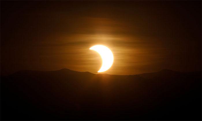 Hiện tượng nhật thực này chỉ có thể theo dõi ở châu Á, vùng Trung Đông cùng một số phần của Australia.
