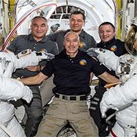 Các phi hành gia đón năm mới 2020 trong không gian