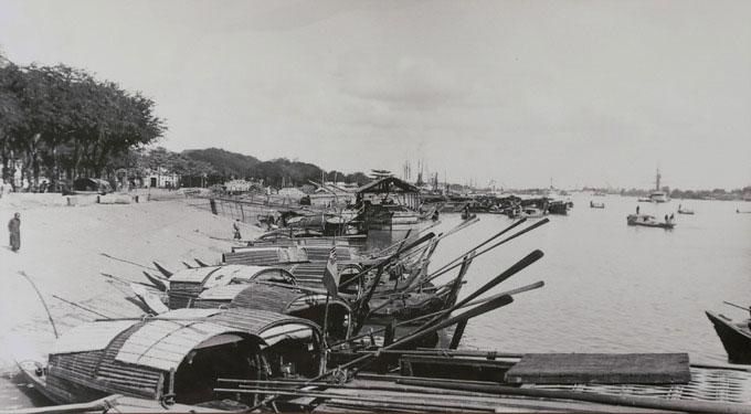 Bến đò của cư dân trên sông Sài Gòn năm 1896.