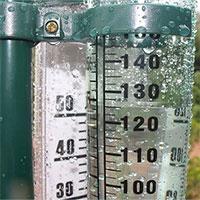 Vì sao khi xem dự báo thời tiết, ta luôn thấy họ đo lượng nước mưa bằng mm?