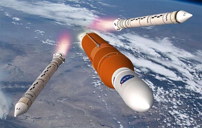 Hình ảnh đồ họa của NASA mô phỏng quá trình động cơ đẩy SLS