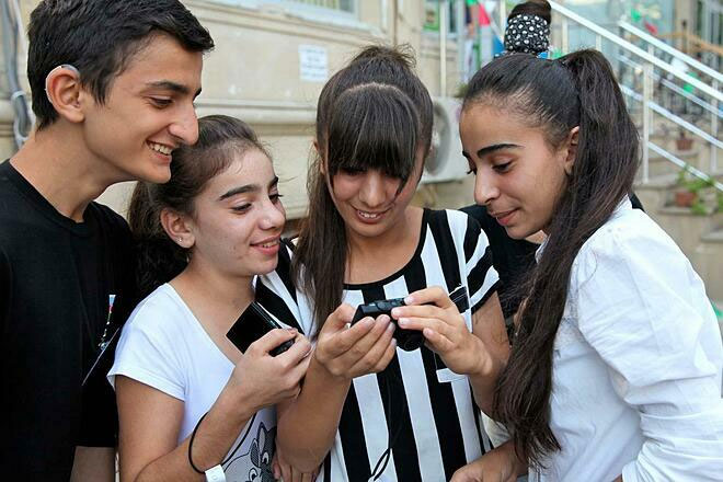 WHO đưa thanh thiếu niên vào danh sách đối tượng cần được chăm sóc, giáo dục y tế.
