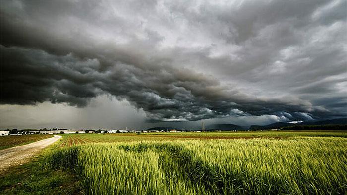 Dự báo thời tiết nhanh chóng sẽ giúp hạn chế tổn thất về con người và tài sản.