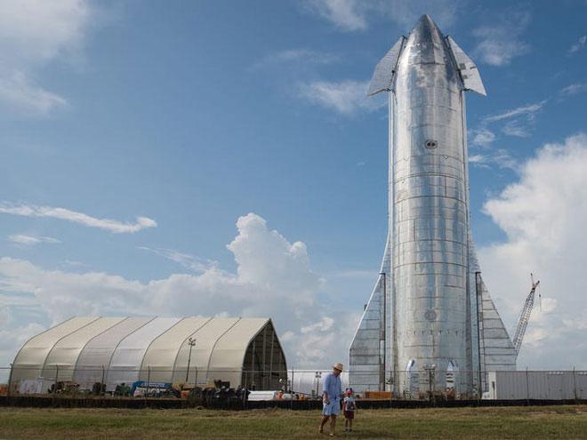 SpaceX đang xây dựng tới 20 mẫu tàu vũ trụ khác nhau.