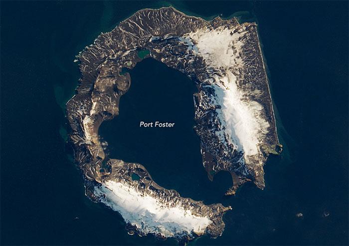 Ảnh chụp vệ tinh của đảo Deception tháng 3/2018