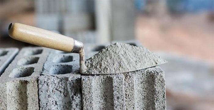 Xi măng là một trong những vật quan trọng trong ngành xây dựng.