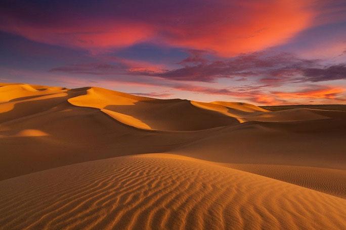 Chỗ nóng nhất ban ngày không phải ở xích đạo mà trên sa mạc.