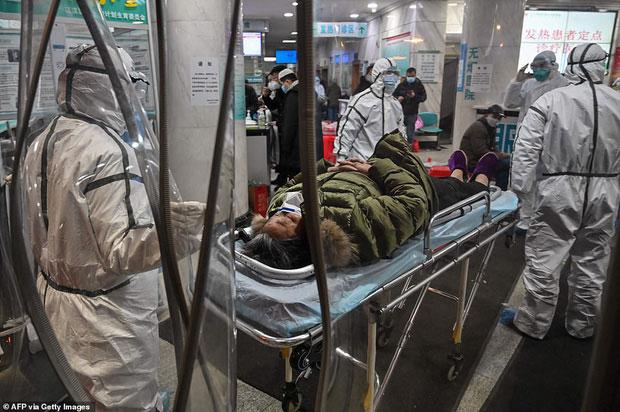 Số lượng bệnh nhân nhiễm và tử vong do nhiễm virus Corona tăng lên theo từng giờ, từng phút.
