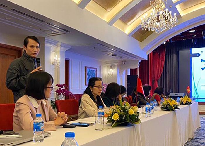 TS Lê Quang Hòa chia sẻ thông tin về kết quả nghiên cứu.