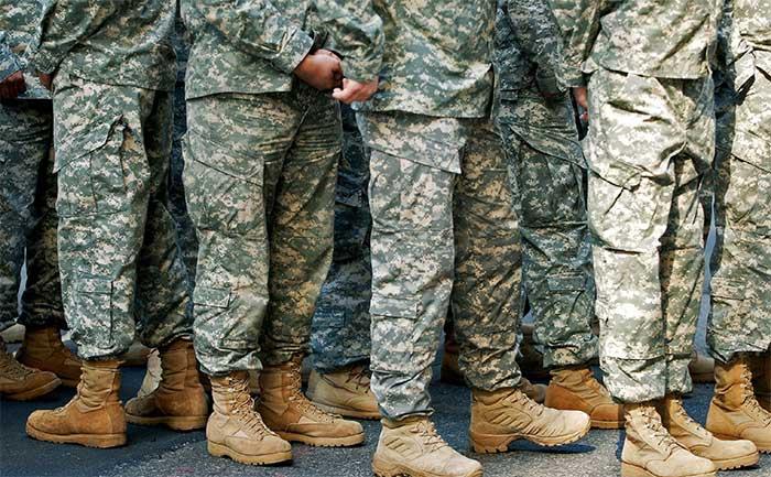 Hiện binh sĩ thuộc quân đội Mỹ cũng đang mặc loại đồng phục có thể hấp thụ các chất độc thần kinh.