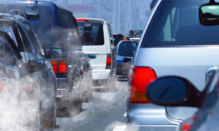 Bụi siêu mịn do xe hơi thải ra có khả năng gây nhồi máu cơ tim.