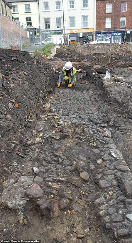 Hiện trường khai quật tại ký túc xá Đại học Durham