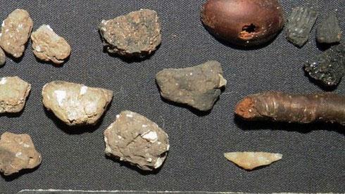 Những mảnh đồ gốm mà nhóm khảo cổ học phát hiện được.