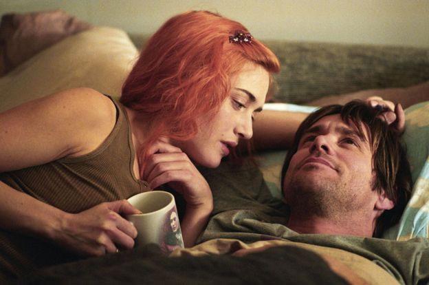 Một cảnh trong Eternal Sunshine of a Spotless Mind.