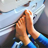 Mẹo giúp hành khách giảm thiểu thương tích khi máy bay gặp sự cố
