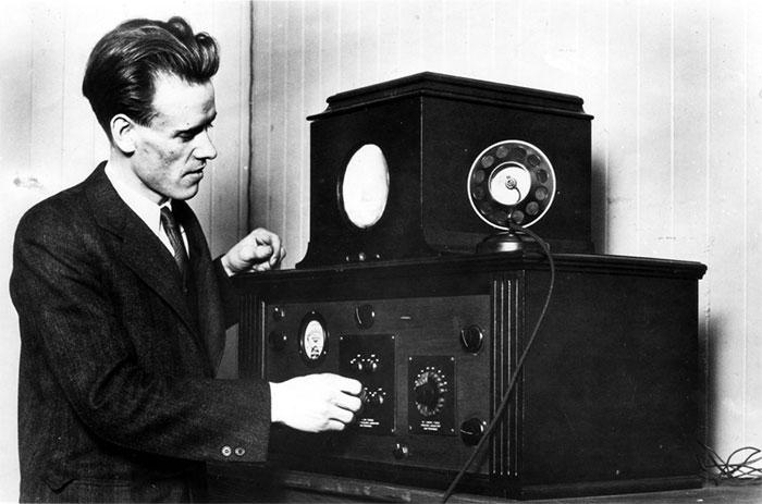 TV chưa bao giờ sống động cho tới khi Philo Farnsworth cải tiến công nghệ quét ảnh của nó.