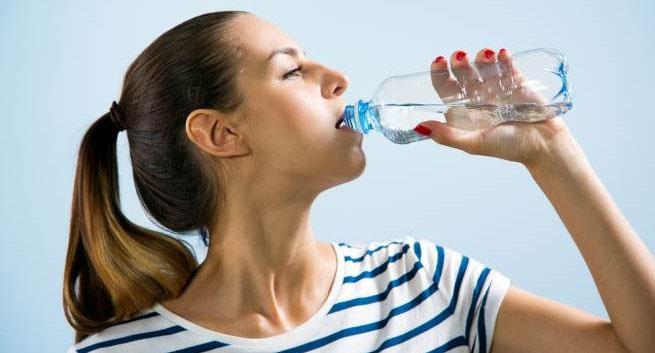 Người huyết áp thấp luôn có cảm giác khát nước