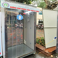 Cận cảnh buồng khử khuẩn toàn thân di động đầu tiên do Việt Nam sản xuất