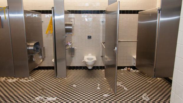 Các buồng vệ sinh sạch sẽ nhất sẽ là những buồng cuối cùng.