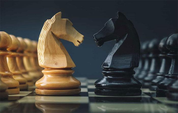 Máy tính có thể đánh bại con người trong 1 ván cờ vua.