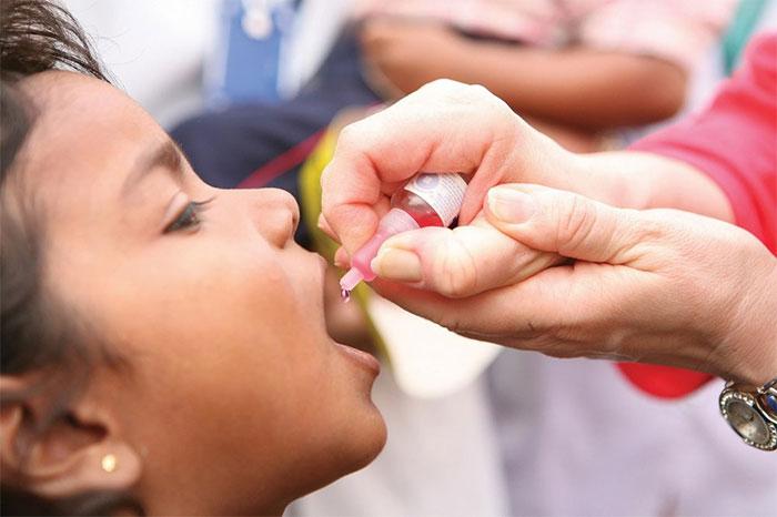 Có lẽ mọi người đều nhớ những giọt đỏ này - vaccine chống bệnh bại liệt.