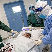 """Tại sao virus corona không """"sống"""" nhưng rất khó tiêu diệt?"""
