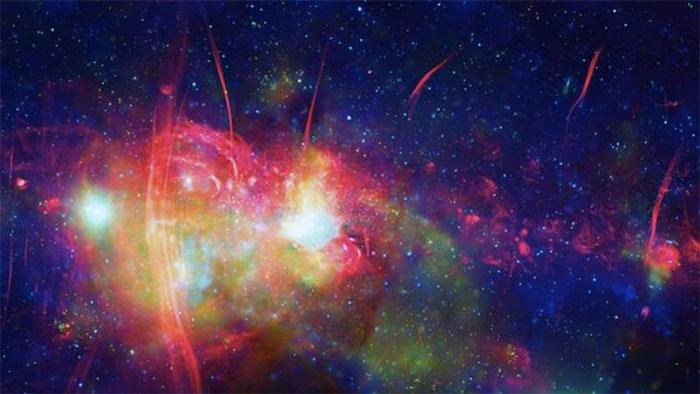 Bức ảnh đầy màu sắc về trung tâm dải Ngân Hà.