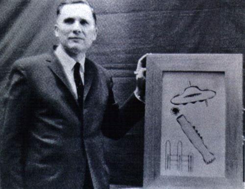 Nhà nghiên cứu UFO - Albert Bender.