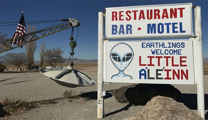 Cho dù thực tế hay hư cấu, người ngoài hành tinh vẫn luôn là một sức hút du lịch lớn.