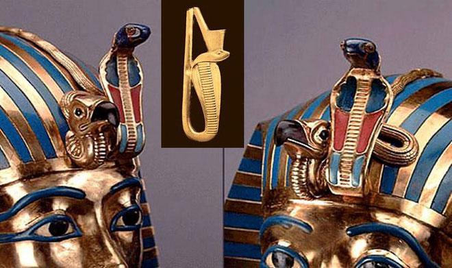 Uraeus là một con rắn hổ mang đang ngẩng cao đầu, được gắn trên vương miện của các Pharaoh.